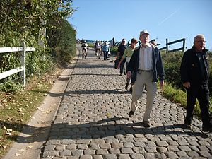 Dwars door Vlaanderen - The cobbled Paterberg in Kluisbergen comes as one of the last climbs in the race at 30 km from the finish and is often a decisive site.