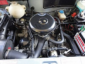 Peugeot XZ5 engine in 1980 Peugeot 104 SR.jpg