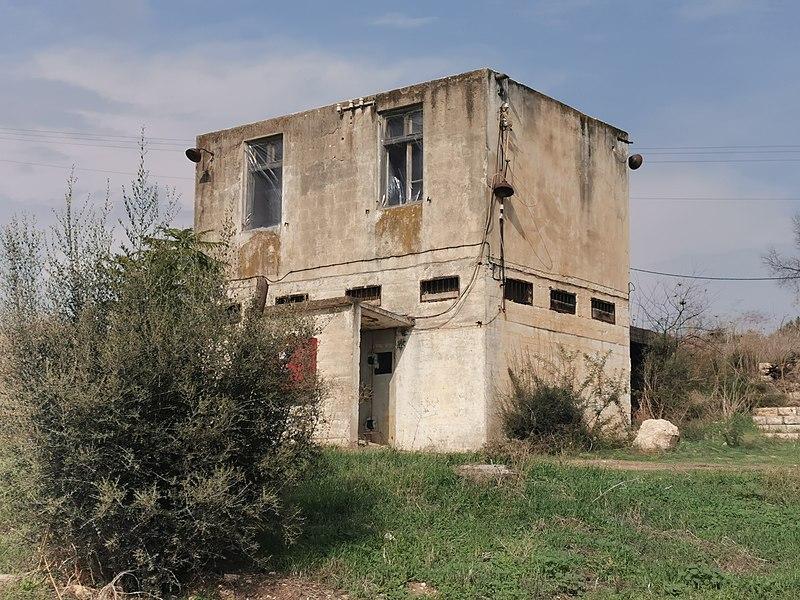 מבנה בקיבוץ הראל