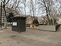 Place Bir-Hakeim (Lyon) - toilettes.jpg
