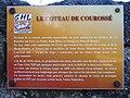 Plaque sur le coteau de Courossé.jpg
