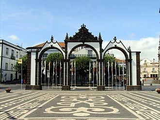 Ponta Delgada - The Portas da Cidade (Gates to the City), the historical entrance to the village of Ponta Delgada