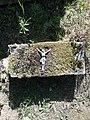 Pozostałości nagrobka na cmentarzu w Białogardzie.jpg