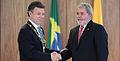 Presidente Lula Condecora a Presidente Santos.JPG