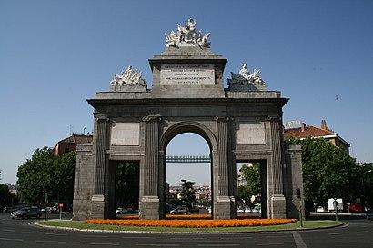 Cómo llegar a Puerta De Toledo en transporte público - Sobre el lugar