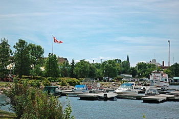 English: Quay of Kenora, Ontario.
