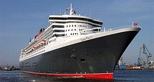 Queen Mary 2 v přístavu Hamburk