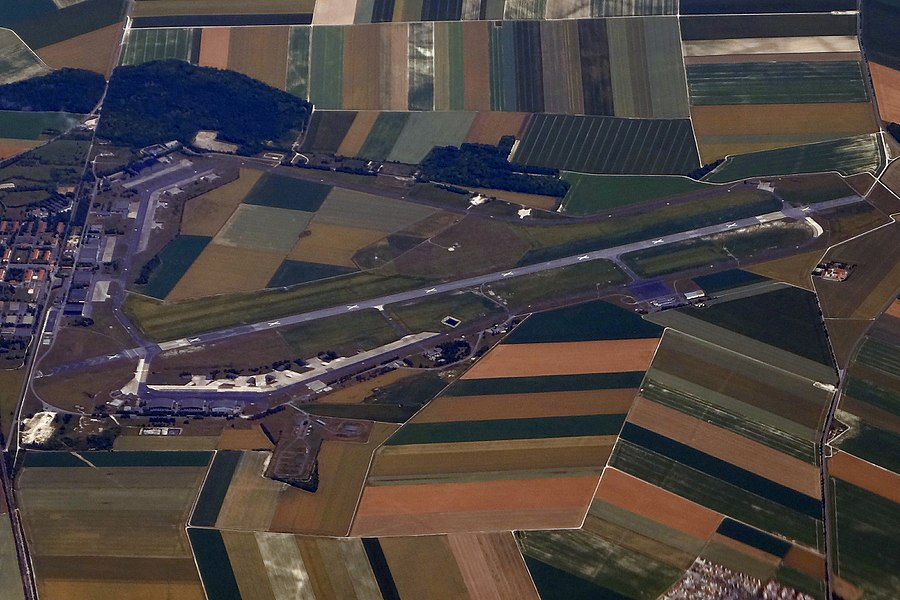 RHE REIMS AIRPORT BA 112 FROM FLIGHT CDG-DUS AIR FRANCE A320 F-HEPH