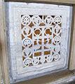 Ravenna, sant'apollinare nuovo, int., transenna marmorea 03.JPG