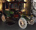 Renault Type AG-1 Taxi Landaulet von F.Trayter & C. 1910.JPG