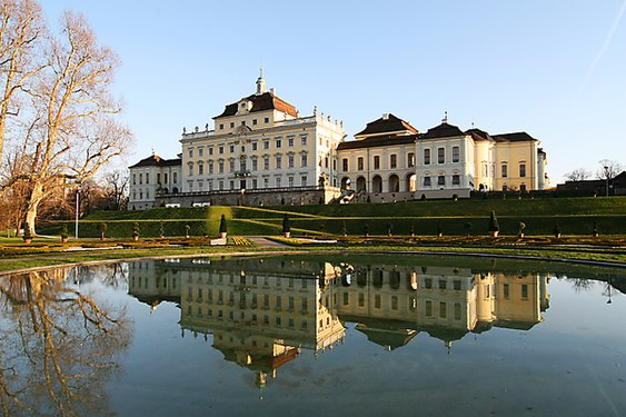Schloss Ludwigsburg Wikimedia Commons