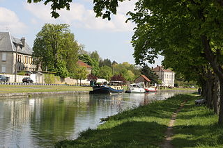 Canal des Ardennes Canal in northern France