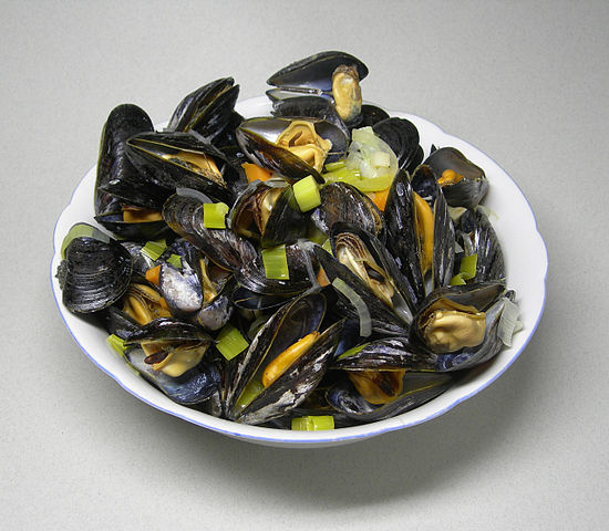 Warming Ocean Waters May Mean Increased Risks for Shellfish Lovers