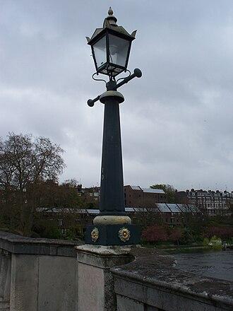 Richmond Bridge, London - Victorian gas lamp post on Richmond Bridge