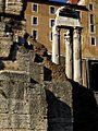 Roma, Tempio di Vespasiano.jpg