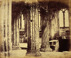 Rosslyn Chapel Apprentice Pillar.jpg