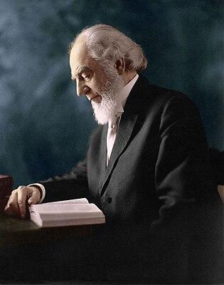 Russell Charles Taze 1911.jpg