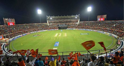 Crowd during a match of the 2015 IPL season in Hyderabad, India. SRH fans while an ipl match.jpg