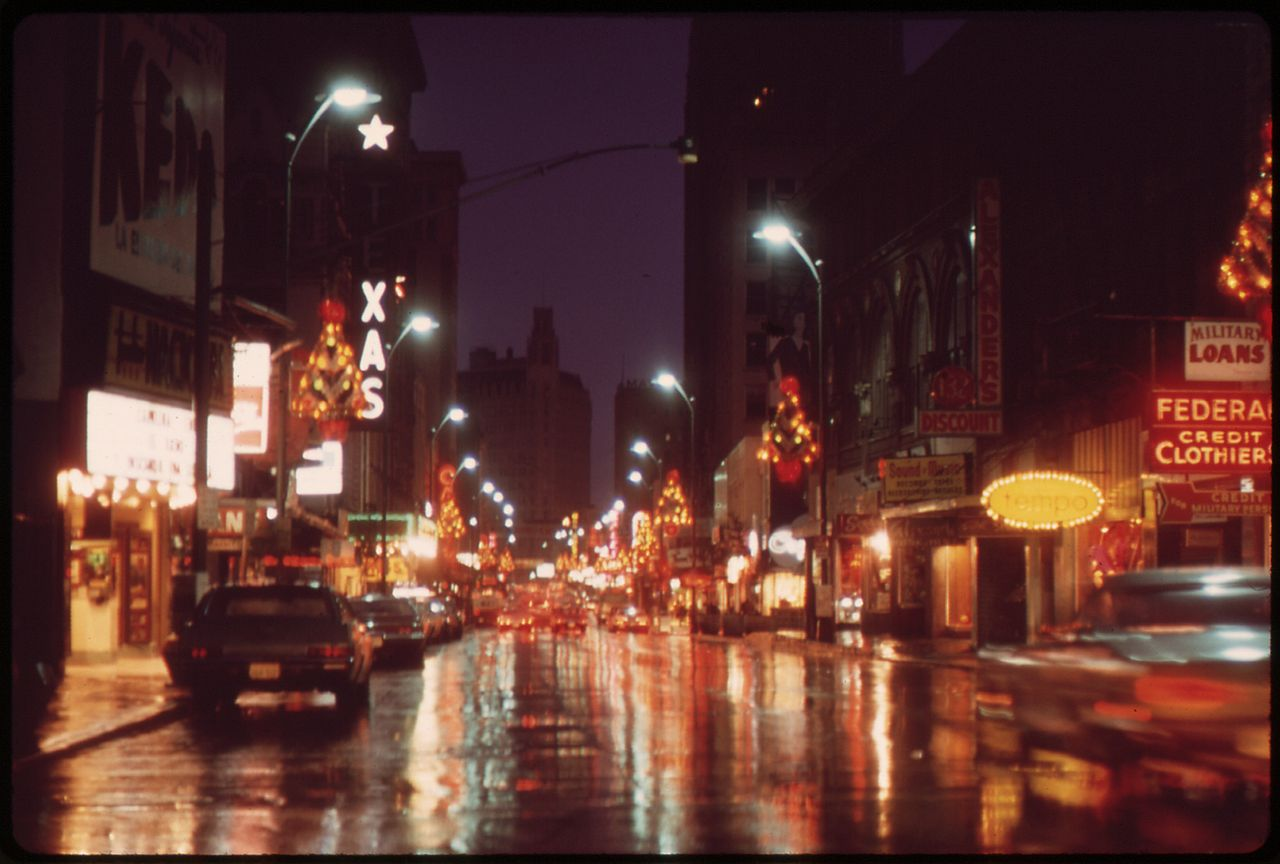 File Street Scene Night Of Thanksgiving Day 1972 Nara