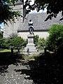 Saint-Loup-du-Gast (53) Monument aux morts.JPG