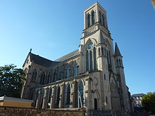 photographie montrant principalement la tour de l'église Saint-Joseph