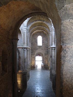 Sant Pere de Rodes - Sant Pere de Rodes nave
