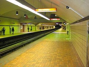 Sauvé station - Image: SauvéMetro Station