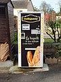 Savigny-sur-Clairis-FR-89-distributeur à pains-1.jpg