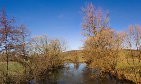Schlitz Queck Fulda River 201803 pano N.png