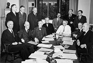 Harlow Shapley - Shapley (first standing from the right) at a Science Service board meeting in 1941