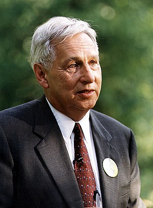 Paul Schell - Image: Seattle Mayor Paul Schell, 1999