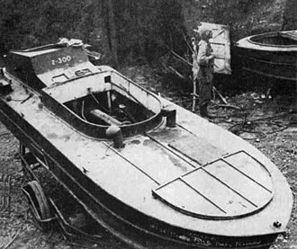 Shin'yō-class suicide motorboat - A Japanese Shinyo suicide motorboat, 1945