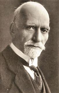 Sassoon Eskell Iraqi politician