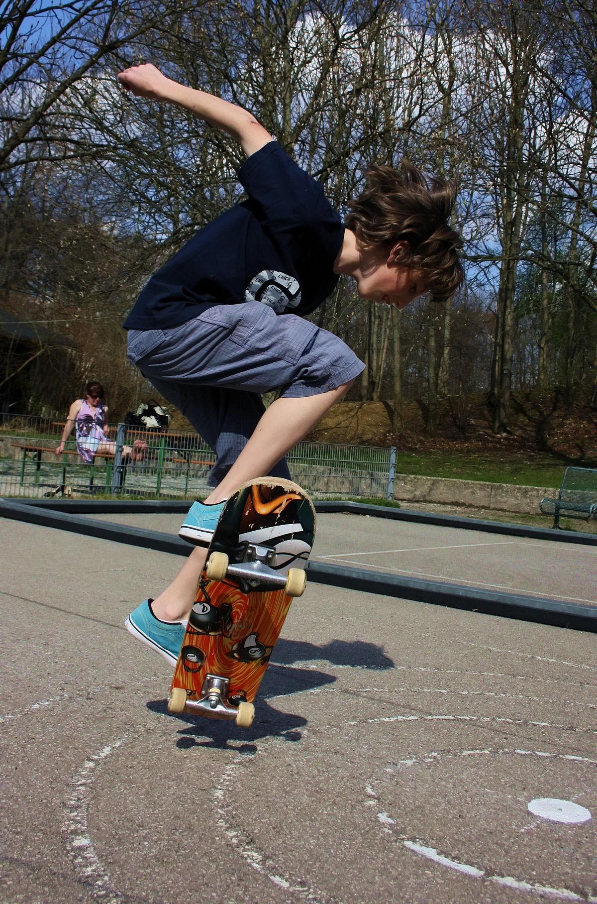 Skateboard - Wikipedia, den frie encyklopædi