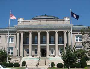Smyth County, Virginia - Image: Smyth Co Courthouse