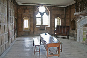 Stokesay Castle - The solar, featuring 17th-century wood panelling