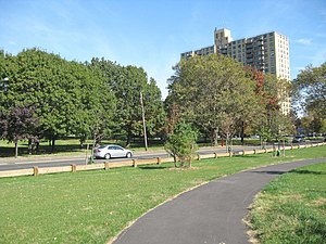 Soundview Park (Bronx) - Story Avenue in the northeast end of Soundview Park