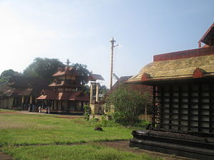 Sreevallabha Temple - View of the Garuda Mandapa and the main shrine