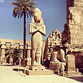 Statue of Pinedjem I in Karnak.jpg