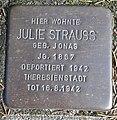 Stolperstein Lüdinghausen Bahnhofstraße 5 Julie Strauss.jpg