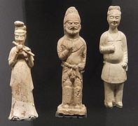 Stone funerary figurines (Tang dynasty).jpg