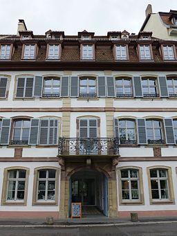 Strasbourg-34 quai des Bateliers (2)