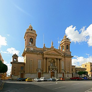 Basilica of the Nativity of Mary, Senglea - Image: Sudika Isla basilica