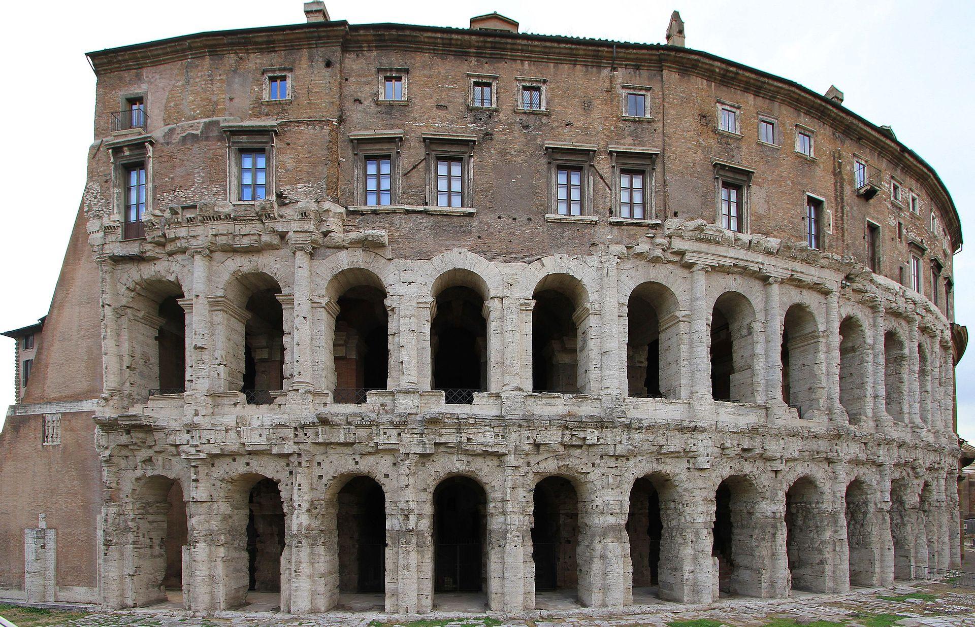 Teatro di Marcello - panoramio (3).jpg