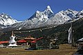 Tengboche-74-Lhotse und Ama Dablam-2007-gje.jpg