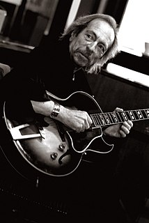 Terry Smith (guitarist) British musician