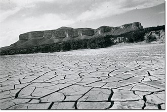 1950s Texas drought - Cracked dry land in West Texas, 1951