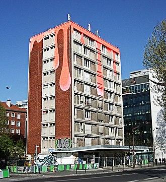 Tower 13 - Image: The Bleeding House, Quai d Austerlitz Paris 2013