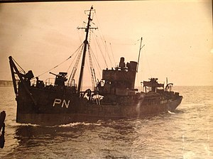 Picton Castle (ship) - Picton Castle as a minesweeper during the Second World War