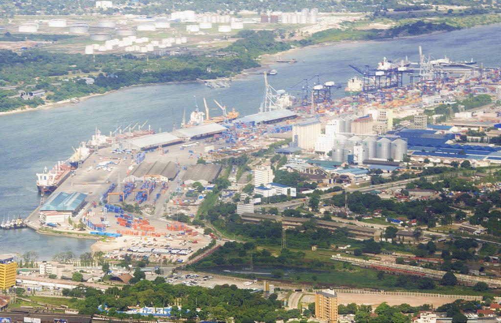 The detailed view of Dar es Salaam Port.jpg